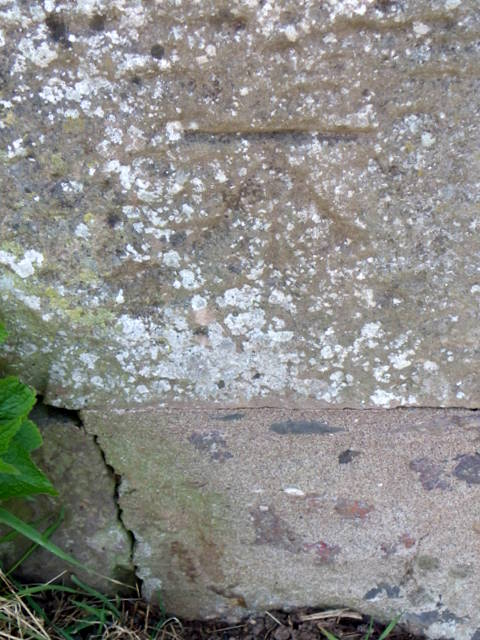 Bench Mark, Reston Road