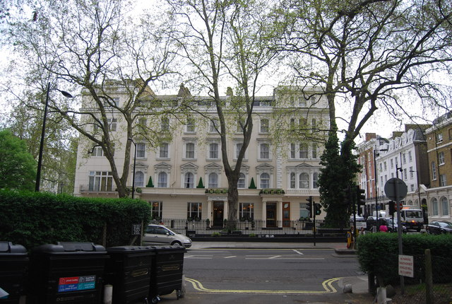 Hotel on Sussex Gardens