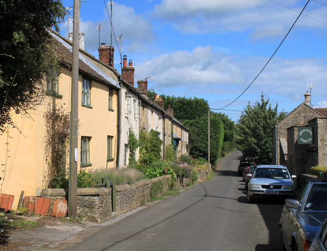 2011 : Cottages in Kale Street, Batcombe