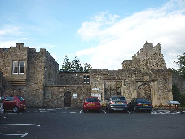 Car park and ruins, Blenkinsopp Castle