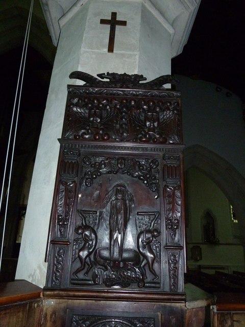 All Saints, Leighton Buzzard- pulpit carving