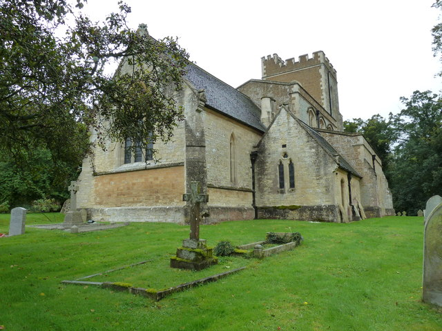 Mentmore: The Church of St Mary the Virgin on an autumn afternoon