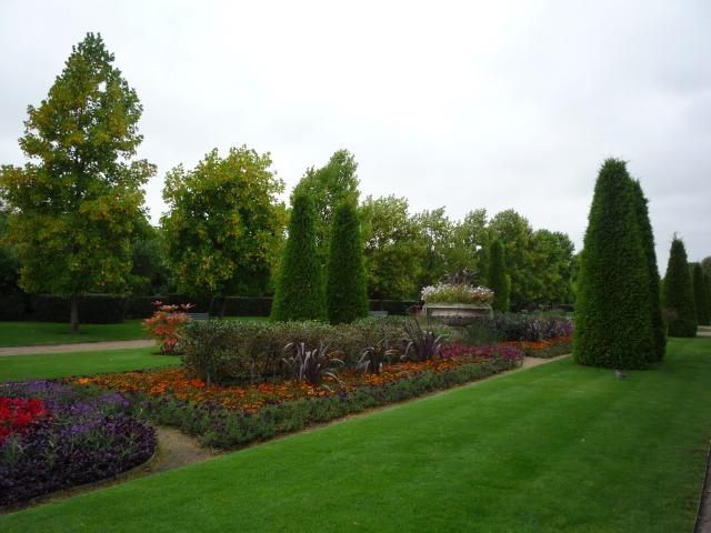 Long borders, Regent's Park