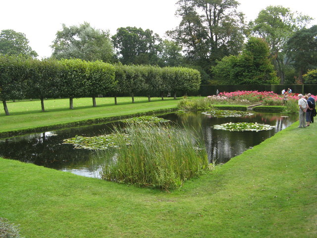 Rose Garden & Pond at Bateman's