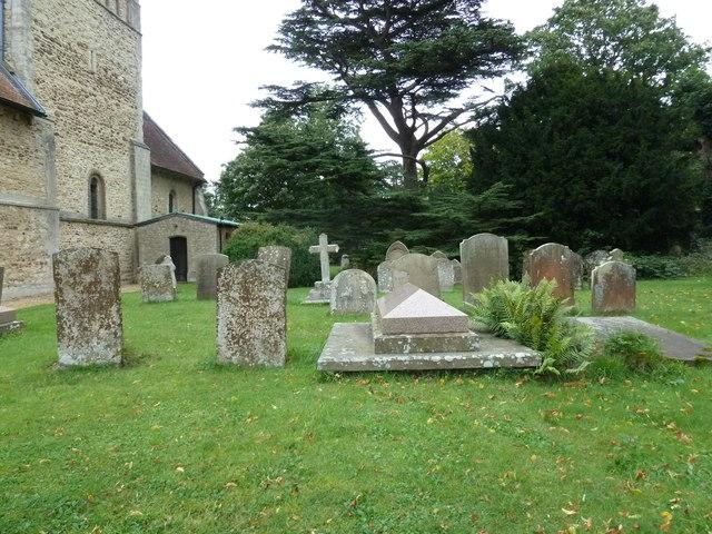 St Michael & All Angels, Stewkley- churchyard