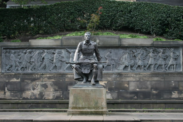 A 1927 statue in appreciation of the Scots-American contribution to the 1914-18 war