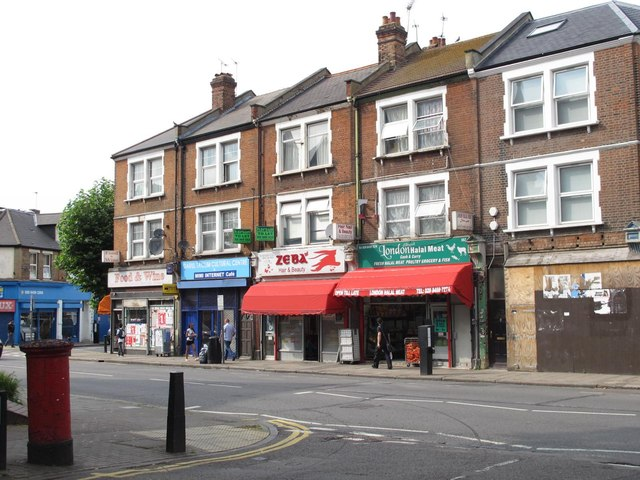 High Road / St. Andrew's Road, NW10