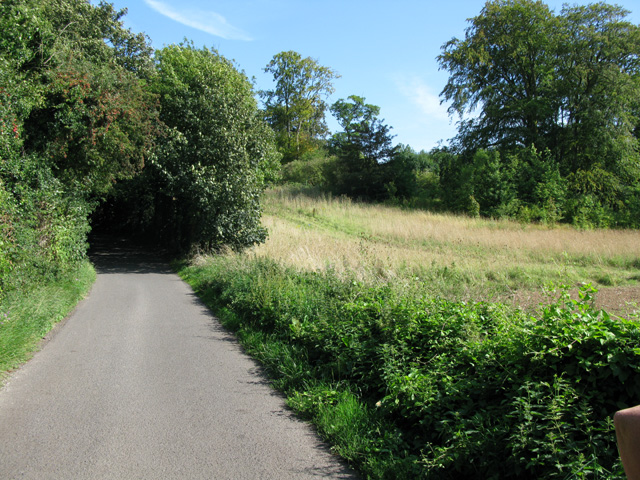 View along School Road towards Tilmanstone