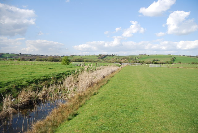 Footpath by a ditch, Brede Valley