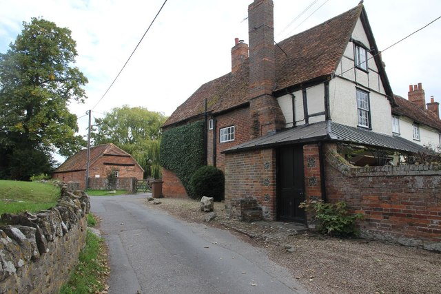 Road past the farmhouse