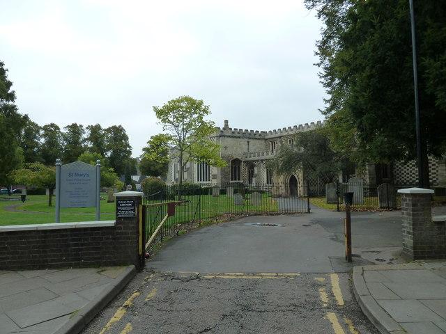 Luton: St. Mary's Church- September 2011