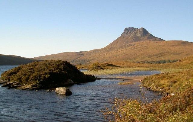 Heathery islet on Loch Lurgainn