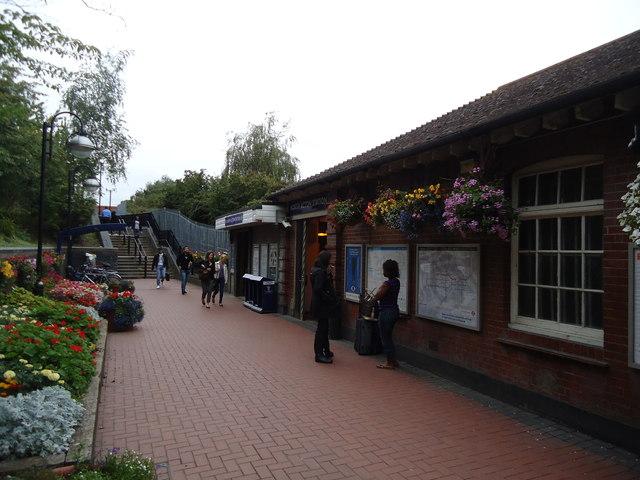 North Acton underground station