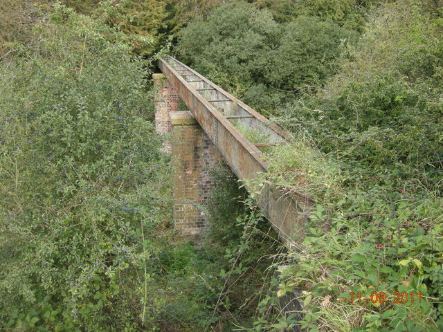 Aqueduct near Little Horwood