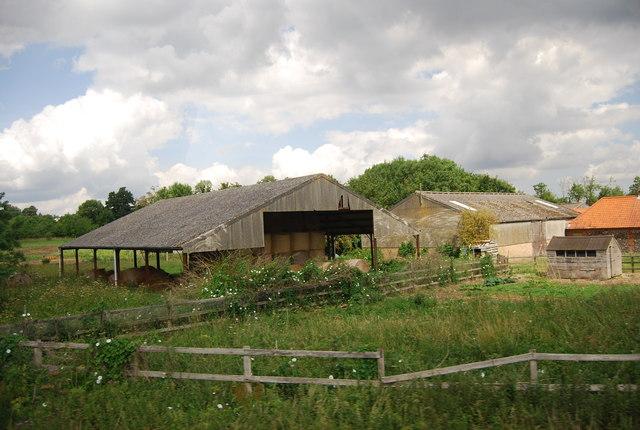 Farm buildings by Watton Rd