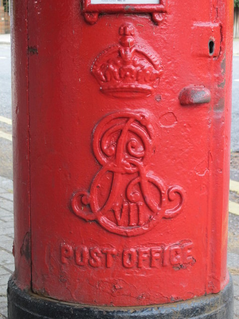 Edward VII postbox, Chatsworth Road / Lydford Road, NW2 - royal cipher