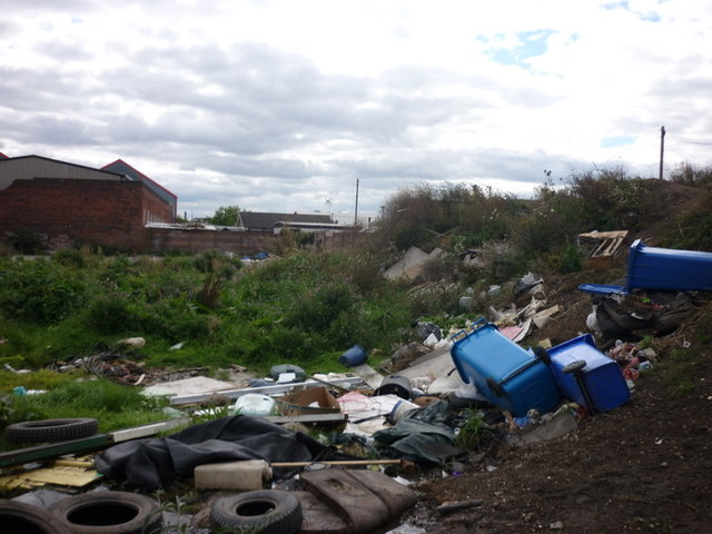 Land to the back of the travellers site on Bedford Street