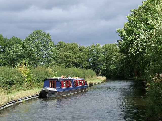 Staffordshire and Worcestershire Canal near Four Ashes, Staffordshire