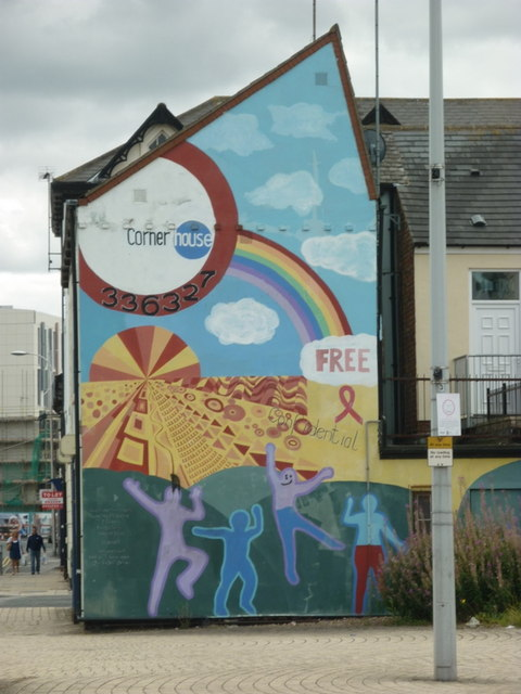 Wall mural off Freetown Way, Hull