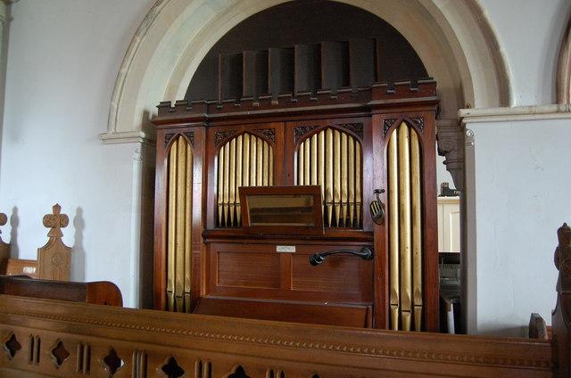 Organ in Guestling Church