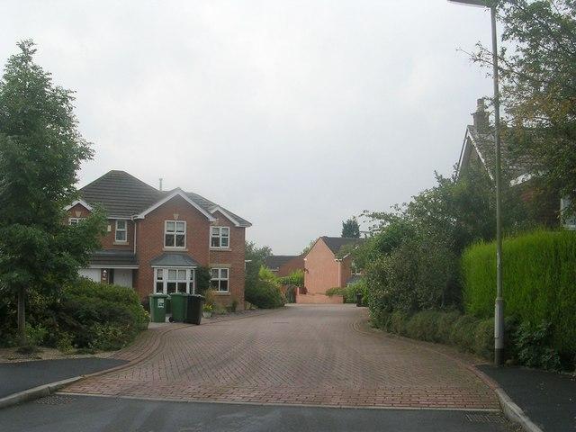 Holly Park - West End Grove