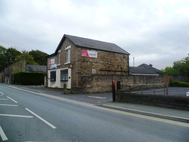 Commercial Building on Buxton Road