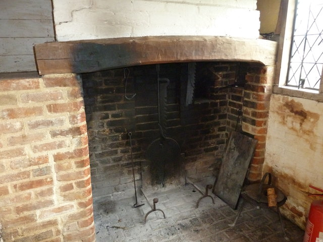 COAM 38: fireplace within the thatched cottage