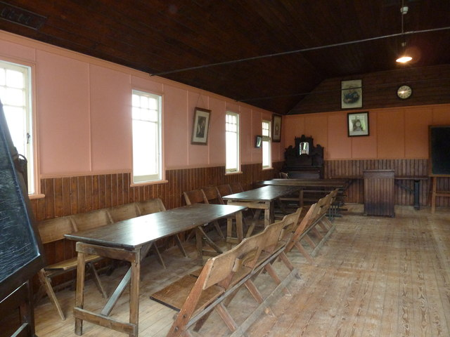 COAM 56: view inside the schoolroom (a)