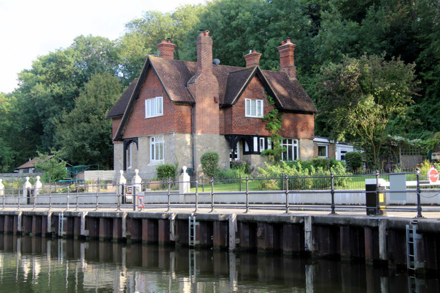 Lock Keeper's House, Allington Lock, Kent