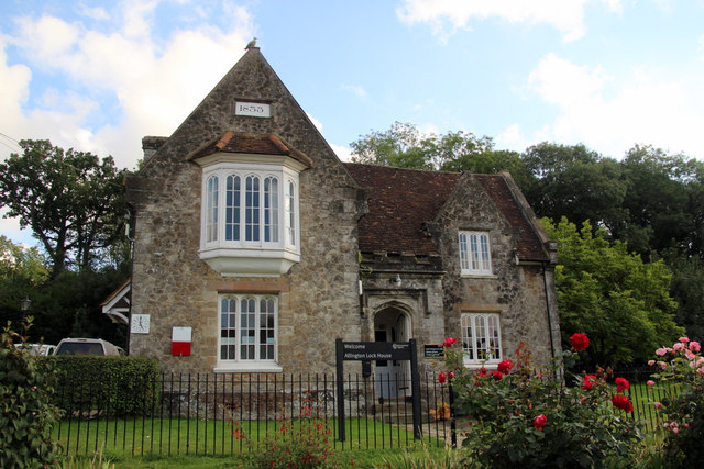 Allington Lock House, Allington Lock, Kent