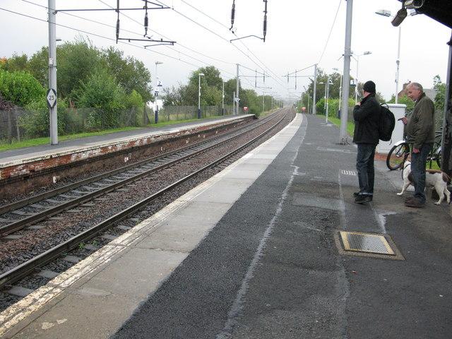 Bellshill railway station, looking East