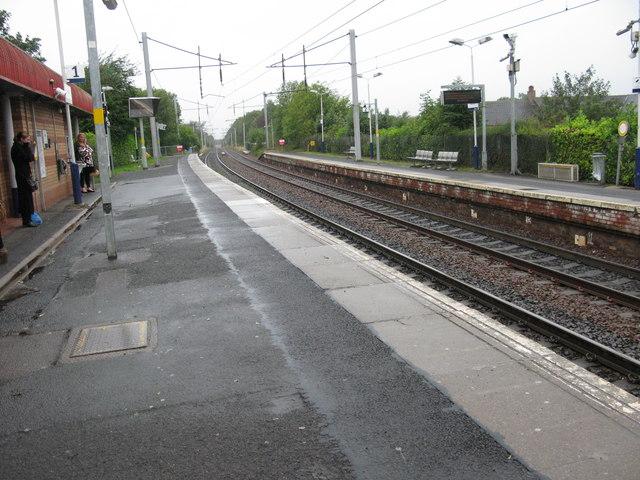 Bellshill railway station, looking West