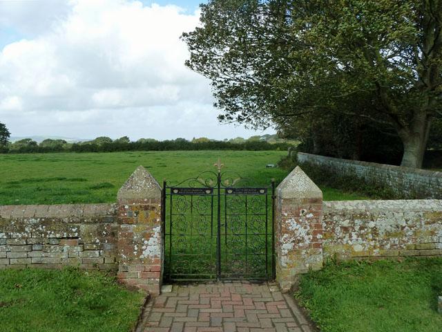 Memorial gates, Chalvington churchyard