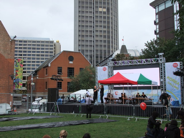 Outdoor stage  at Thames Festival 2011