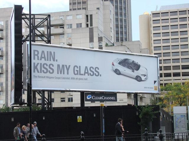 Rain Kiss my Glass advert near Blackfriars Bridge