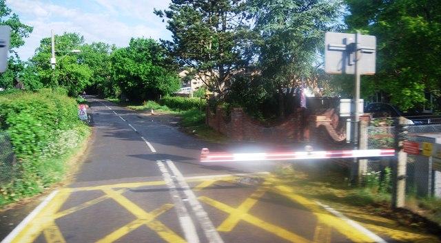 Level crossing, Emms Lane
