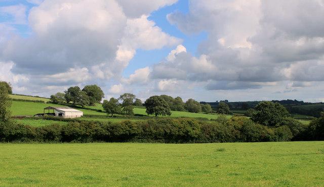 2011 : Farmland with barn