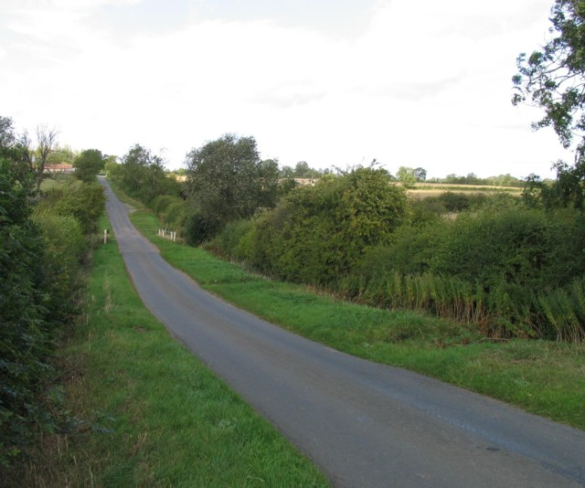 Towards Waltham on the Wolds