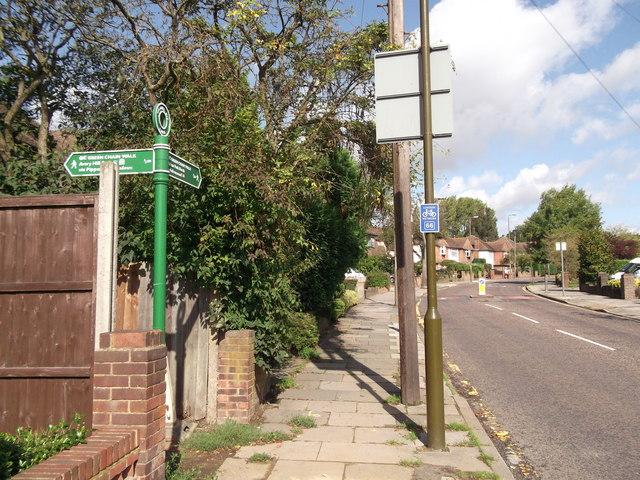 Green Chain Walk on Reifield Road