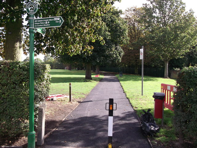 Green Chain Walk in Eltham Park South