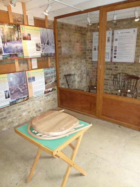 COAM 90: chairmakers exhibition