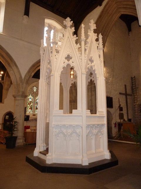 Luton: St Mary's- font encasing