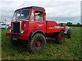 SU3435 : Longstock - Vintage Truck by Chris Talbot
