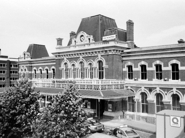 Portsmouth & Southsea Station Frontage, 1988