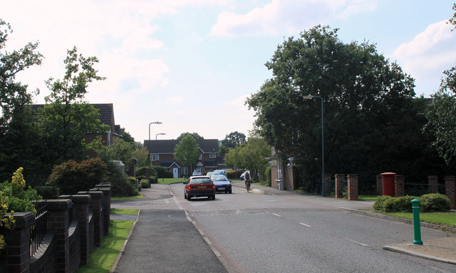2011 : Emersons Way looking west