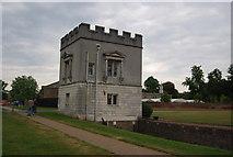 TQ1776 : Gate Lodge, Syon House by N Chadwick