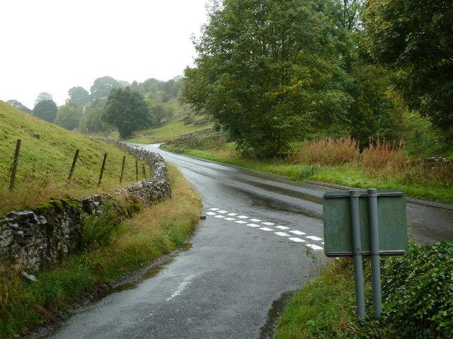 Lane junction in Kirkdale