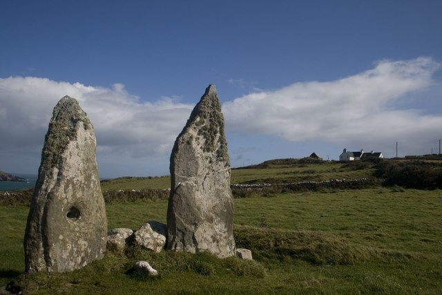The Wedding Stones, Clear Island
