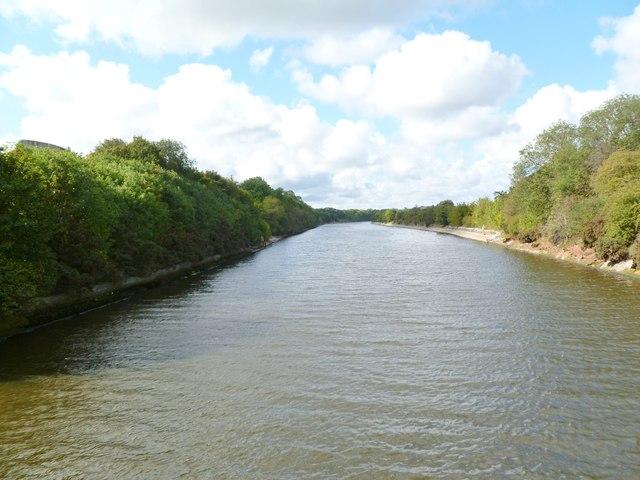 Ellesmere Port, Manchester Ship Canal