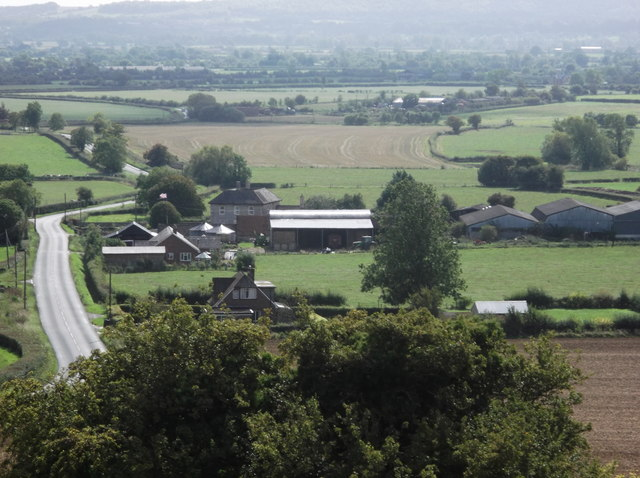 Home Farm and the road to Worton